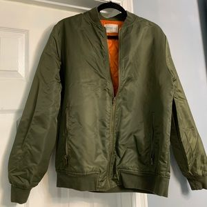 Active bomber jacket